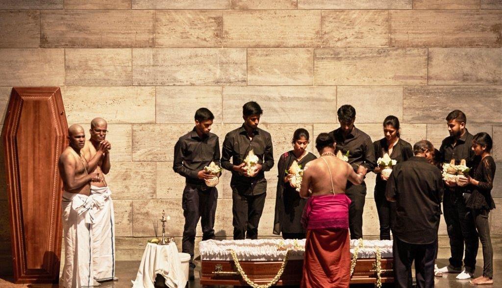 Hindu-Bestattung Krematorium Nordheim (Foto: Damian Byland/zVg)